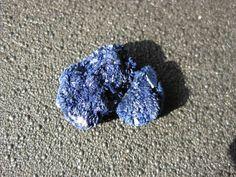 Une petite azurite du Maroc, très belle cristallisation!