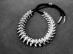 Spinal column necklace, creepy cool