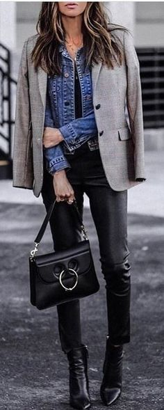 #spring #outfits woman in grey blazer and black pants. Pic by @officefashioninspo