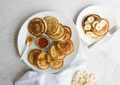Snacks needn't be salty, and some of the best are sweet treats. If you've got a sweet tooth and are looking for something to nibble on, here are a few of our best recipes. Steak And Mushroom Pie, Steak And Mushrooms, Sweet Breakfast, Breakfast Recipes, Breakfast Ideas, Sunday Breakfast, Breakfast Club, Banana Pikelets, Lamb Pie