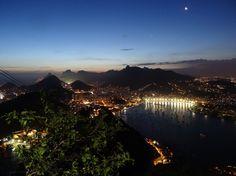 City of lights, Rio de Janeiro by night! Pão de Acucar.