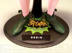 The Hot Toys Robin (1960s TV Series) Figure #batman #robin #comics #batmantvseries #geek