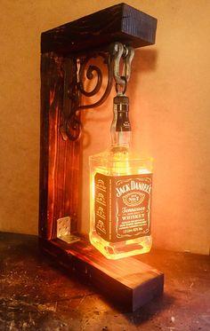 Jack Daniels Lamp, Jack Daniels Bottle, Diy Rustic Decor, Rustic Lamps, Old Liquor Bottles, Diy Bottle Lamp, Wood Burning Crafts, Homemade Home Decor, Diy Crafts Hacks