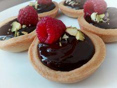 Raspberry ganache mini tarts