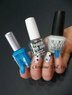 Nail Art Rock. Plus de photos ici :: http://christine-nail-art.over-blog.com/article-nail-art-rock-122823427.html