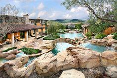 EPIC garden, swimming pool, rockery, bridge