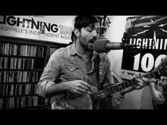 ▶ The Avett Brothers - Kick Drum Heart - Live at Lightning 100 - YouTube Unplugged.