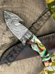 Total length is inches handle made of resin with come to leather sheath Skinning Knife, Damascus Steel, Kitchen Knives, Hunting, Leather, Handmade, Hand Made, Fighter Jets, Handarbeit
