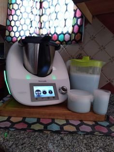 Jabon líquido para lavadoras-0 Malaga, Green Bodies, Green Life, Keurig, Aloe Vera, Ideas Para, Coffee Maker, Kitchen Appliances, Cleaning