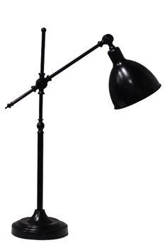 Pöytävalaisin metallia. Korkeus 63 cm. E27-lampunpidike. Läpikuultava johto 200 cm. Katkaisin varjostimessa. Lamppu ei mukana.