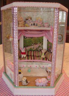 REVISED  Dollhouse Miniature Bay Window Seat / Day by MyMiniWorld