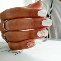 White Nail Art Designs, um den ganzen Winter lang zu rocken Brit + Co - Estella K. White Nail Art Designs, um den ganzen Winter lang zu rocken Brit + Co - de nail art Square Nail Designs, White Nail Designs, Acrylic Nail Designs, White Nails With Design, Best Nail Designs, Cute Summer Nail Designs, Simple Nail Designs, Nail Color Designs, Summer Manicure Designs