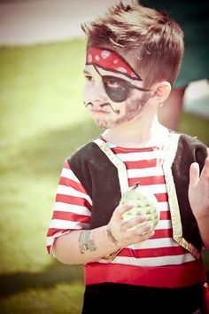 Pirate Birthday Party + Halloween Party - Kara's Party Ideas - The Place for All Things Party Pirate Birthday, Halloween Birthday, Pirate Party, Halloween Costumes For Kids, 5th Birthday, Halloween Ideas, Sunshine Birthday Parties, Boy Birthday Parties, Birthday Ideas
