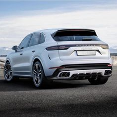What do you concentrate on this bodykit? Price it 0 – 100 ⭐️ - Autos Online Porsche Autos, Porsche Cars, Top Luxury Cars, Luxury Suv, Porsche Cayenne Gts, Porche Cayenne, Carrera, Mc Laren, Fancy Cars