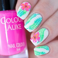 """756 Me gusta, 14 comentarios - Paulina (@paulinaspassions) en Instagram: """"Raise your hand if neon colors make you happy I love this combo of green leaves and hibiscus…"""""""