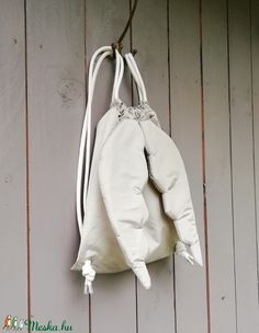 Angyalhátizsák, arany (zsiemankaje) - Meska.hu Drawstring Backpack, Backpacks, Bags, Fashion, Handbags, Moda, Fashion Styles, Backpack, Fashion Illustrations