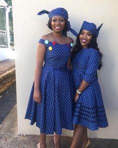 African Fashion Skirts, African Dresses For Women, African Print Dresses, African Print Fashion, African Attire, African Prints, Seshweshwe Dresses, Stylish Dresses, Traditional Wedding Dresses