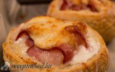 Zsemlében sült tojás recept konyhájából - Receptneked.hu Quick Meals, French Toast, Bacon, Breakfast, Drink, Food, Fast Meals, Morning Coffee, Fast Foods