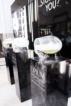 Inhale-able essences bar for YSL for Black Opium // The Robin Collective… Perfume Display, Perfume Store, Interactive Installation, Interactive Design, Art Installation, Sensory Marketing, Black Opium, Experiential Marketing, Guerrilla Marketing