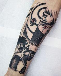 Artista: @rizztattoo - Porto Alegre.  Mais uma obra do artista inspirada em Naruto.  Uchiha Obito e Hatake Kakashi.  Se você curte o tema aí vai uma dica: No perfil do @rizztattoo tem artes fantásticas de diversos personagens do mundo geek.  Um trabalho mais lindo que o outro!  Contato:  rizz.fabricio@gmail.com Forarm Tattoos, Inkbox Tattoo, Bff Tattoos, Anime Tattoos, Mini Tattoos, Body Art Tattoos, Sleeve Tattoos, Tattoos For Guys, Tattoos For Women