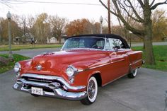 1953 Oldsmobile 98 Convertible AWWW come on just once around the block in this little baby...top down of course!
