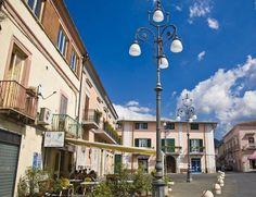 Scopriamo le origini del Comune di #Cervinara AV http://www.campaniache.com/archivio/avellino/257-comune-di-cervinara
