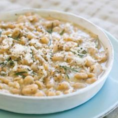 """""""Braised"""" White Beans - A Zoe's Kitchen Knockoff Recipe. I recently had the braised white beans from Zoe's Kitchen they are to die for. Side Dish Recipes, Side Dishes, Dinner Recipes, Dinner Ideas, Restaurant Recipes, Meal Ideas, Food Ideas, Greek Dishes, Lunch Ideas"""