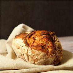 sauerteigbrot-1-900-quadr Baked Potato, Food Porn, Potatoes, Pasta, Bread, Snacks, Baking, Ethnic Recipes, Tips