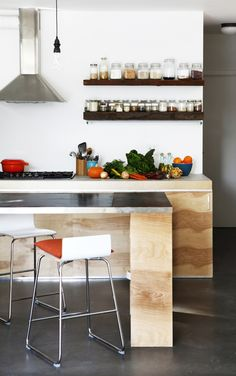 Clean lines, nice simple contemporary kitchen
