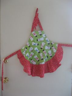 Girl's Christmas Apron Snowmen Winter.