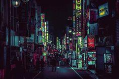 東京のネオン街を映画『ブレードランナー』風に撮影した写真が話題に - amass
