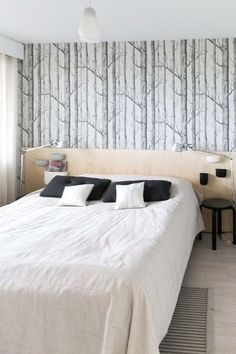 makuuhuone,tapetti,woodnotes,sängynpääty,sängynpääty diy: