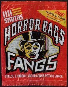 Smiths Horror Bag 'Fangs' Crisps.