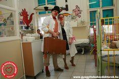 Gyógyító Bohócdoktorok Alapítvány bohócdoktorai a Szegedi Gyermekklinikán. :) Coat, Jackets, Down Jackets, Sewing Coat, Peacoats, Coats, Jacket