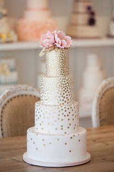 Beautiful white and gold wedding cake