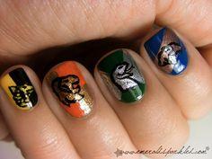 Harry potter nails Hufflepuff, Gryffindor, Slytherin & Ravenclaw