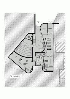 Auditorium AZ Groeninge Kortrijk / Dehullu Architecten