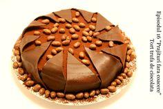 Tort trufa de ciocolata episodul 16 Adygio Kitchen.  Reteta video preparata pas cu pas  pentru tort Trufa de Adygio. Episodul 16 din seria Dulciurilor si Prajiturilor fara coacere - Adygio Kitchen Youtube.  Va pup, Food Cakes, No Bake Cake, Cake Recipes, Cheesecake, Muffin, Pie, Baking, Breakfast, Desserts