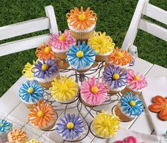 Unique Cake? Cupcakes? Multiple Cakes? « Weddingbee Boards