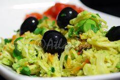 Ingredientes (2 doses)   1 cabeça de brócolos pequena   1 cenoura média  1 alho francês pequeno   1 cebola grande   2 dentes de alho méd...
