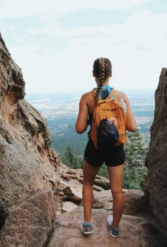 Outdoor adventure travel is catching on in a big way and there is a darn fine reason for it too. Adventure Outfit, Adventure Time, Adventure Travel, Adventure Couple, Adventure Photos, Foto Snap, Summer Hiking Outfit, Hiking Outfits, Outfit Winter