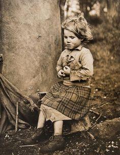New Forest Gypsies, by Bert Hardy (English; Vintage Gypsy, Vintage Beauty, Gypsy Witch, Gypsy Living, Into The West, Gypsy Caravan, Gypsy Life, Gelatin Silver Print, Railway Posters