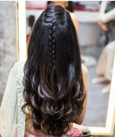 ✨ For More Stuff You can follow on Pinterest @Kubra Yousuf ✨ Hairstyle For Long Hair, Wedding Hairstyles For Girls, Open Hair Hairstyles, Hairstyle For Indian Wedding, Saree Hairstyles, Indian Bridal Hairstyles, Hairstyle Ideas, Wedding Hair Styles, French Plait Hairstyles