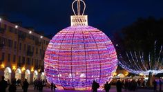 Christmas In France Decorations.9 Best Christmas Lights Images Meteor Shower Pathway