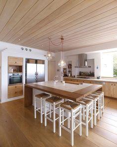 Cuisine en bois pour cette villa de luxe