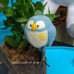 Design: Needle felted Animal CuteOwls In Stock:2-4 days for processing Include: A Needle FeltedOwls Color:Blue, White Material: Felt Wool (100% merino wool), iron Line, Polyfill,Love Size: 11cm(H) x 6cm(L) x...
