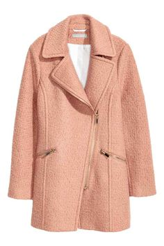 Wool-blend coat: Short, fitted coat in a textured weave made from a wool blend with a collar, diagonal zip and front pockets with a visible zip. Lined.