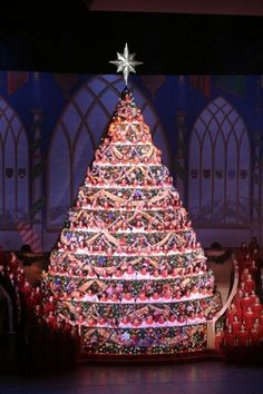 singing christmas tree singing christmas tree live christmas trees christmas time is here