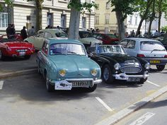 Renault Dauphine 2682 TJ 37 , Austin Healey 3000 291 QY 41 & Renault Clio I 3732 VV 37 - 16 juin 2013 (Grand Prix de Tours, boulevard Béranger - Tours)