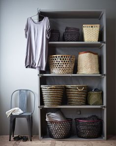kast met manden - collection of baskets